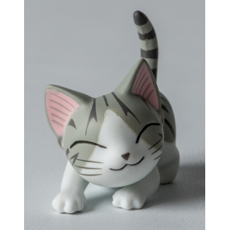 Chi's Sweet Home Cat Figurine : Hug